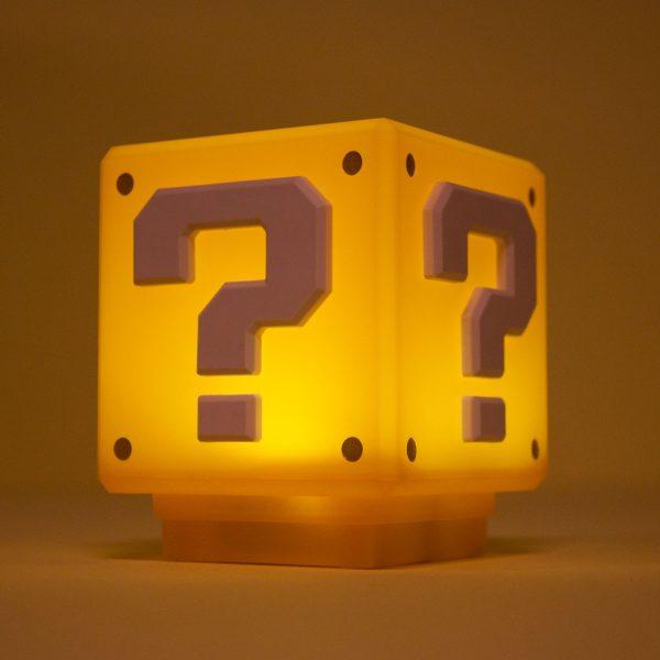 Super Mario Bros Question Block lamp - Klein