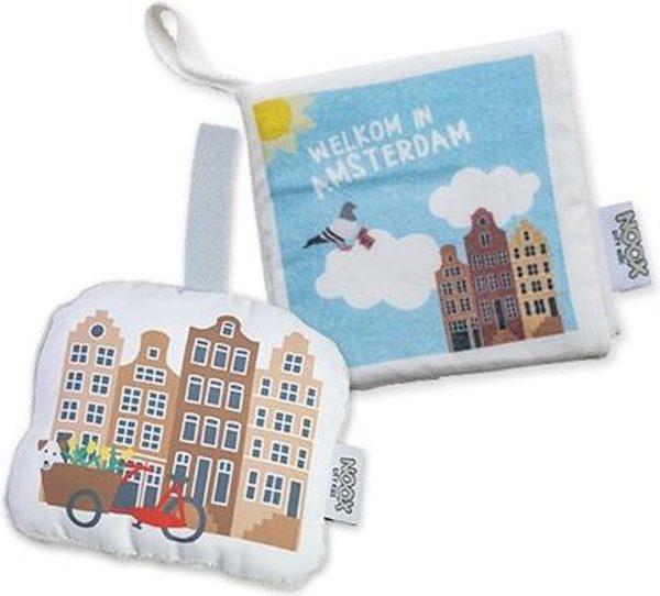 Cadeaupakket Amsterdam met babyboekje & soft toy grachtenpandjes - perfect kraamcadeau!