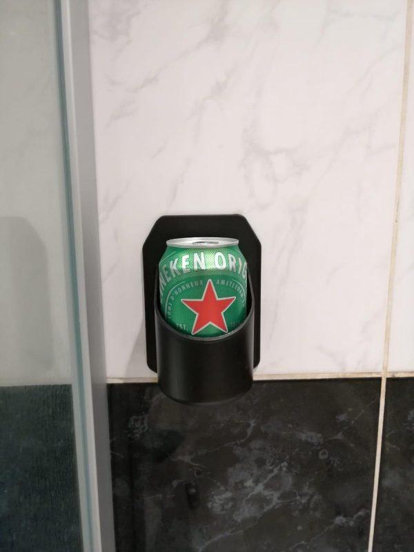 Shower Beer Holder - Bierhouder- Badkamer accessoires - Cadeau voor man - Gadgets mannen - Drankspel - Studentenkamer - Bier cadeau - Bier gadgets - Cadeau voor man grappig - Anti stress - Ontspanning - Mancave